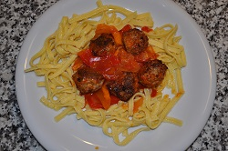 "Meatballs, peppers and spaetzle: an almost ""light"" proposal ..."