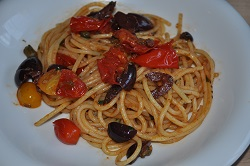 Spaghetti alla puttanesca but ... vegetarian