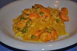 Light risotto with shrimp and vegetables