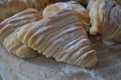 The apricot puffs!