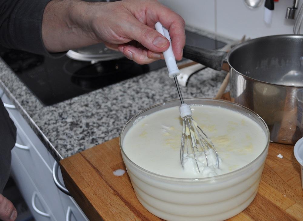 yogurt leaked to the Greek